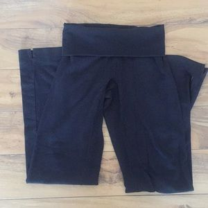 Lucy Black fold over top yoga pants